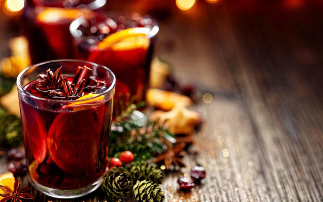 Weihnachtsmarkt zu Hause: unsere Glühwein-Rezepte